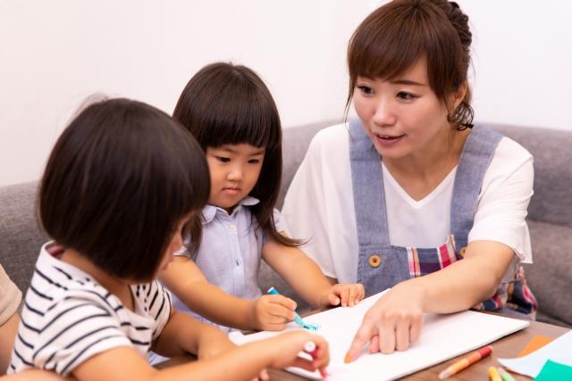 幼稚園の先生